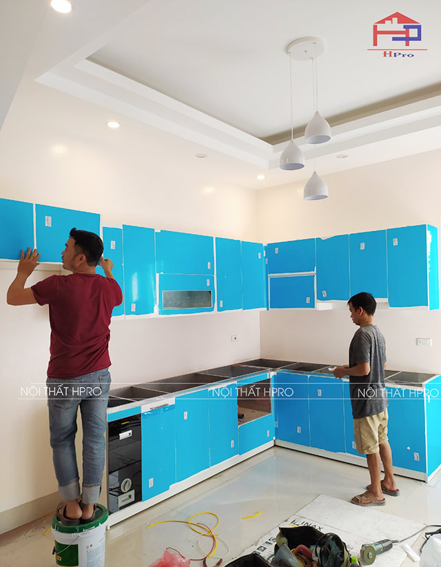 Tu-bep-acrylic-TBAC01-nha-chi-Oanh-2